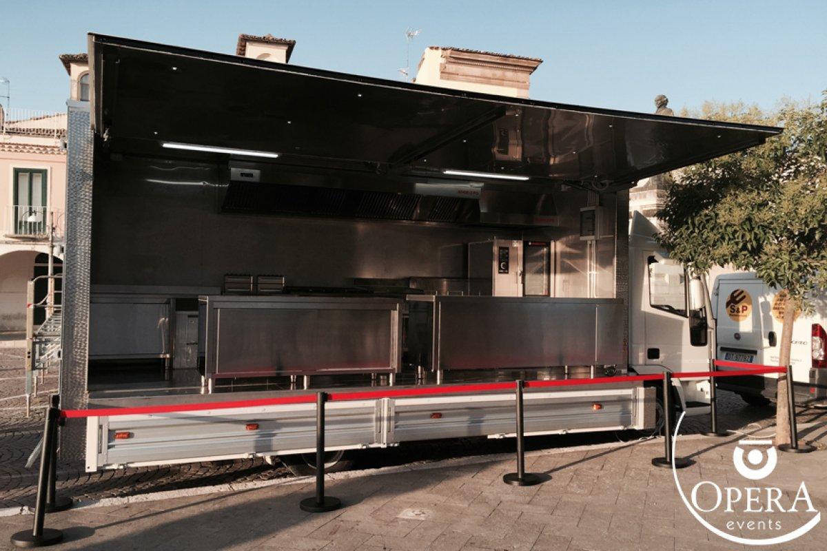 Camion cucina - Una cucina mobile per ogni location - Opera ...