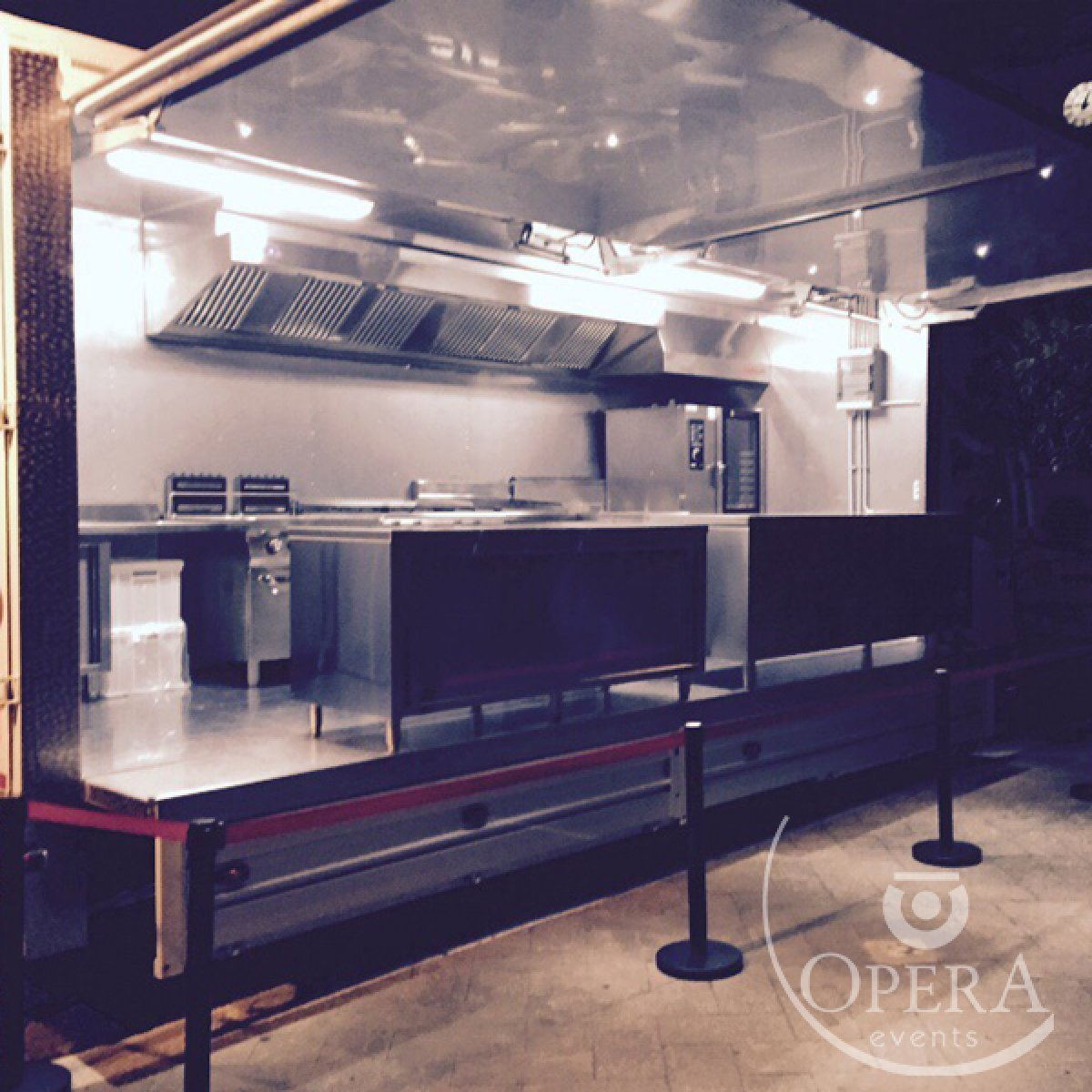 Noleggio camion cucina mobile professionale per eventi - Opera ...